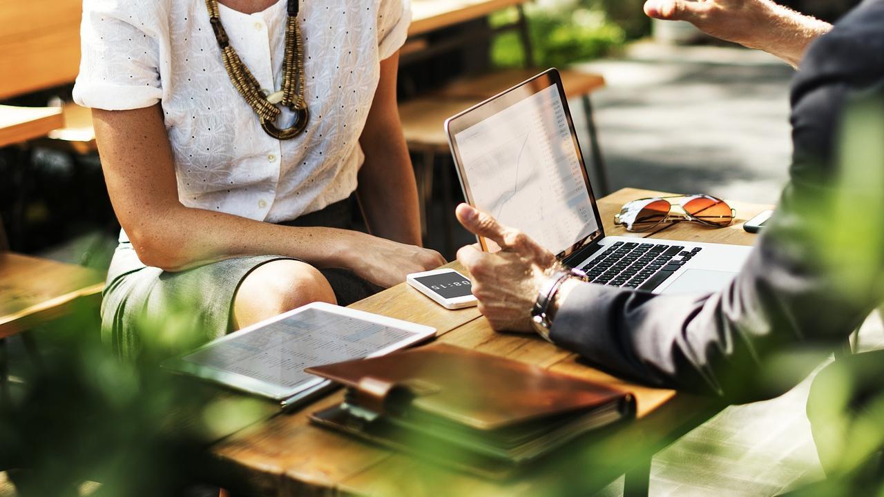 Des projets en vue ? Besoin d'un crédit rapidement ? Demander un crédit à la banque peut être vraiment difficile. Les processus sont parfois compliqués et agaçants.